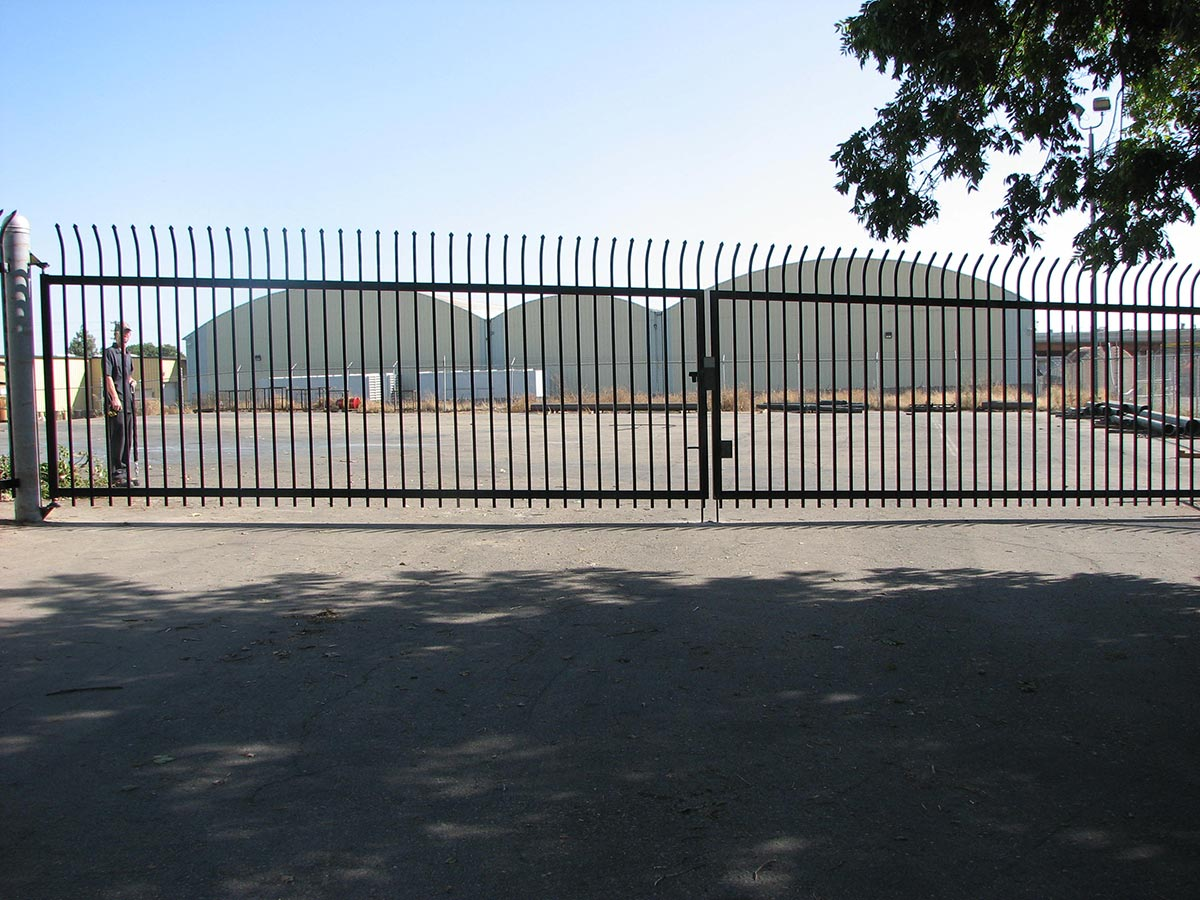 Industrial Commercial Gates Fresno Fence Connection